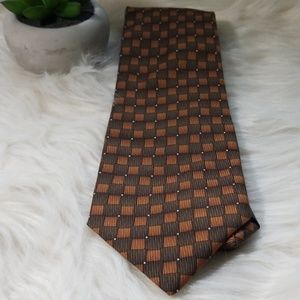 Reaction by Kenneth Cole Tie 100% silk